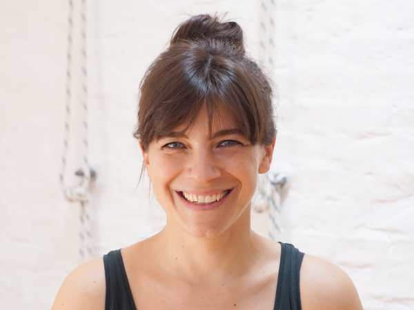 Svenja Karstens - Iyengar Yoga Lehrerin im Yoga Klub