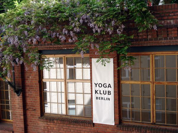 Iyengar Yoga Klub Banner