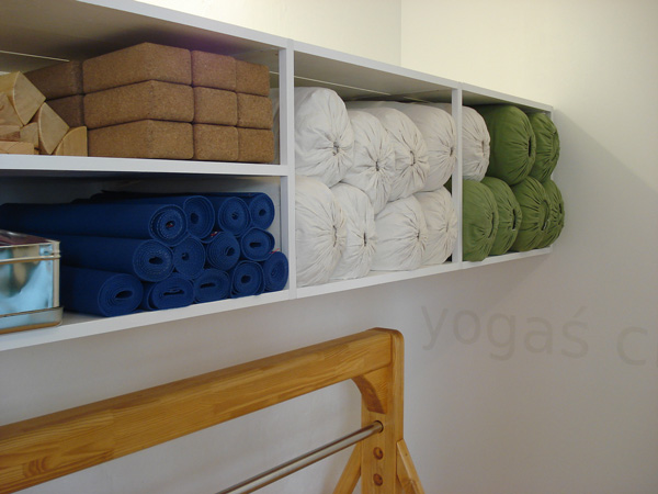 Iyengar Yoga Hilfsmitteln